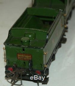 Hornby O Gauge Electric Flying Scotsman Loco And Tender In Lner Green Livery