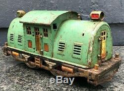 LIONEL 10E Standard Gauge 0-4-0 Electric Locomotive