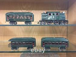 Lionel O Gauge 166 Set with 156 Loco and 610, 610, 612 Cars and Set Box