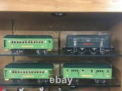 Lionel Standard Gauge 9E Grey Loco with 309, 310, 312 Apple Green Cars EX+ to LN