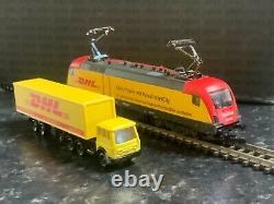 Marklin spur z scale/gauge Electric Locomotive & Truck. DHL Advertising. Rare