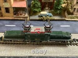 Marklin spur z scale/gauge SBB Heavy Freight Locomotive (Crocodile)