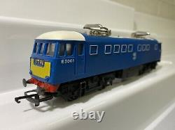 Triang OO Gauge E3001 Electric Loco With Double Pantograph BR Electric Blue